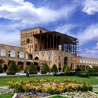 تور اصفهان عالی قاپو